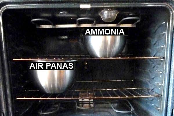 Membersihkan Oven Dengan Ammonia