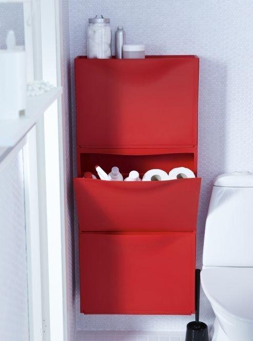trones bathroom